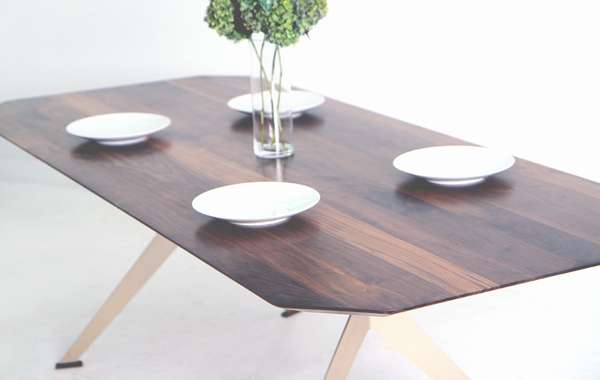 Sholto Scruton - SDS emerald dining table